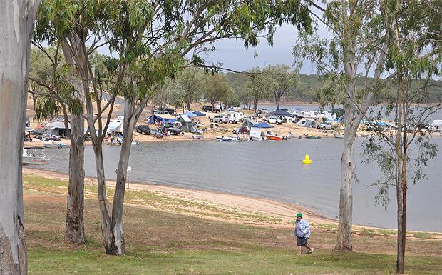 Lake Boondooma camping grounds