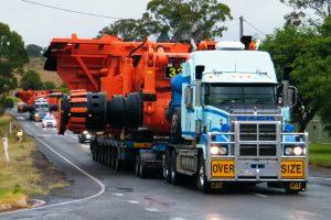Huge Trucks Head To Meandu
