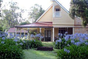 Tour Historic Taabinga Homestead
