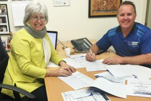 Builder Signs Up For Heritage Lodge