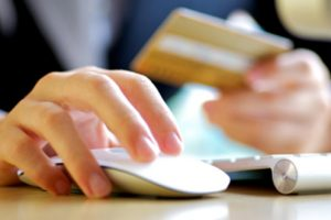 Shoppers Warned To Avoid Scams