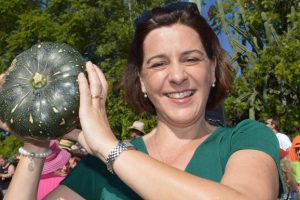 Deb's Bowled Over By Festival