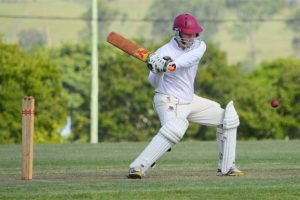 Cricket Moves Into Semi-Finals