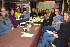 Roundtable Discusses Creative Ideas