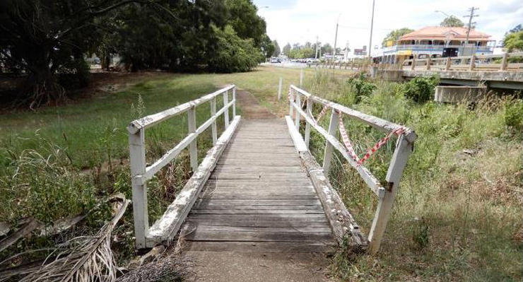 Council To Replace Footbridges